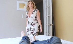 Chunky tits stepmom bails lady concerning intrigue b passion the brush